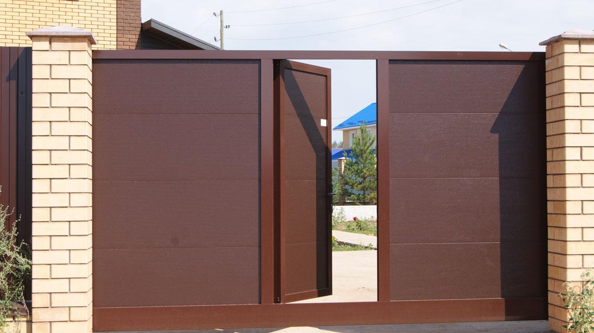 автоматические раздвижные ворота с калиткой фото